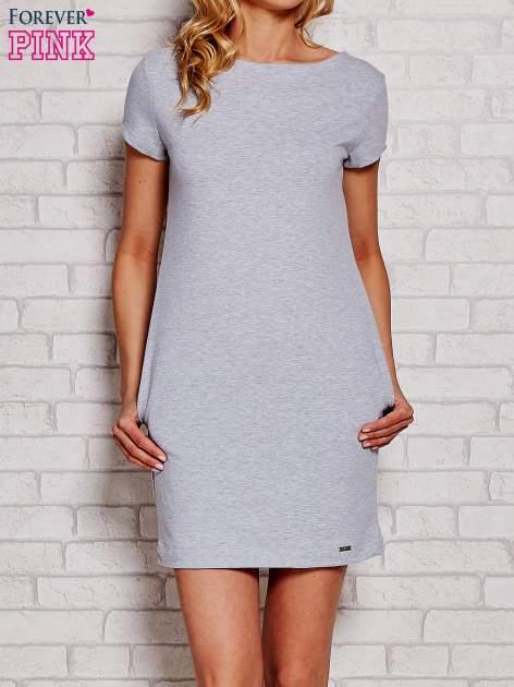Jasnoszara sukienka dresowa z kieszeniami