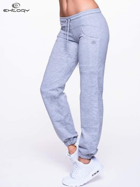 Jasnoszare spodnie dresowe ze ściągaczami                                  zdj.                                  3