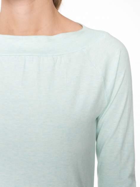 Jasnozielona gładka bluzka z reglanowymi rękawami                                  zdj.                                  5