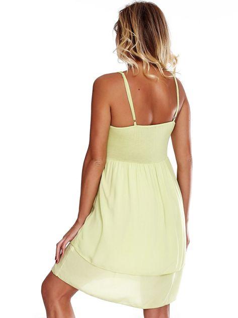 Jasnozielona sukienka na cienkich ramiączkach                              zdj.                              2
