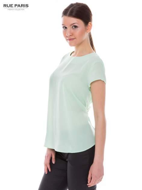 Jasnozielona zwiewna koszula z dłuższym tyłem                                  zdj.                                  3