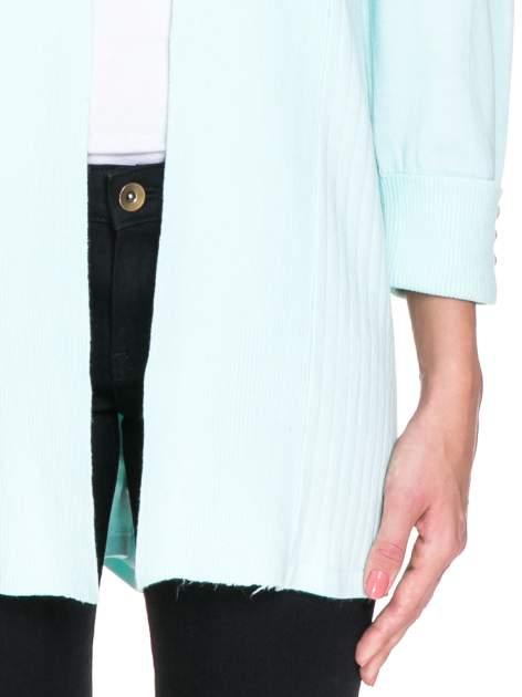 Jasnozielony sweter kardigan z podwijanym rękawami z guziczkami                                  zdj.                                  6