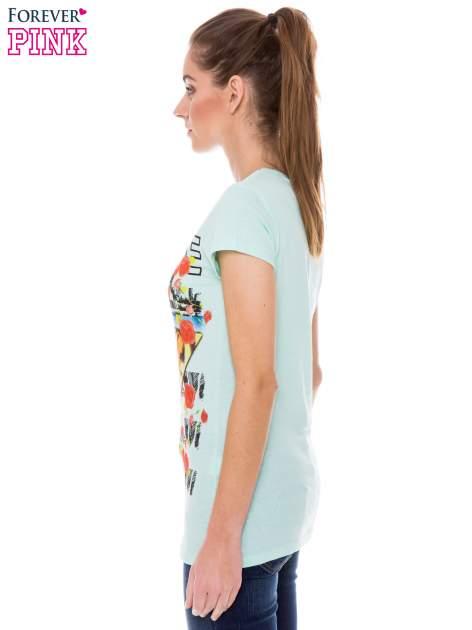 Jasnozielony t-shirt z hipsterskim nadrukiem trójkąta                                  zdj.                                  2
