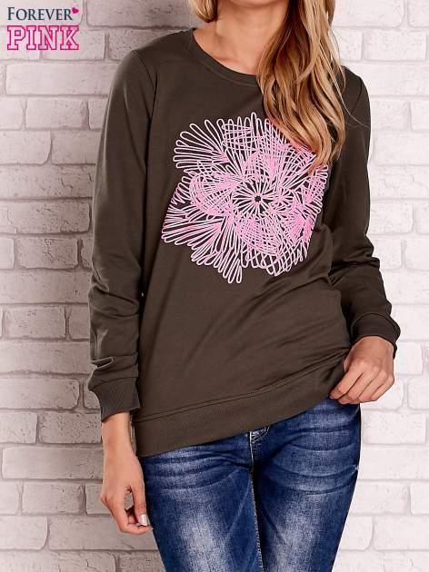 Khaki bluza z kolorowym nadrukiem                                  zdj.                                  1