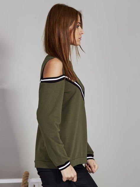 Khaki bluza z ukośnymi ściągaczami                              zdj.                              5