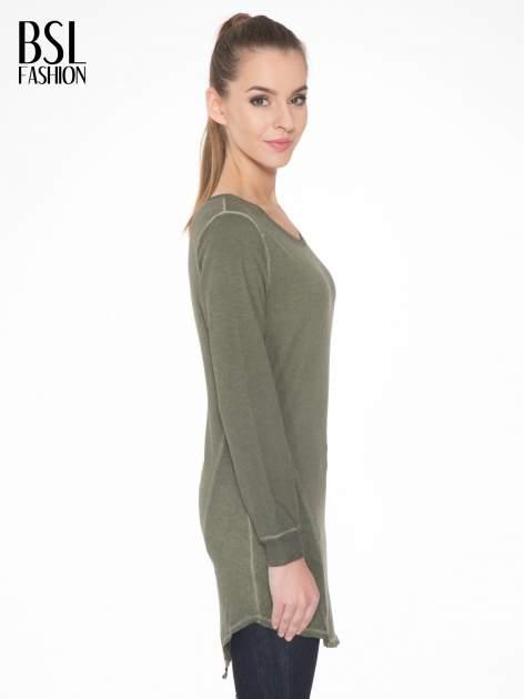 Khaki dresowa sukienkotunika z zaokrąglonym dołem                                  zdj.                                  3