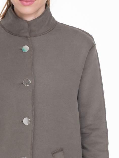 Khaki dresowy płaszcz o kroju oversize                                  zdj.                                  7