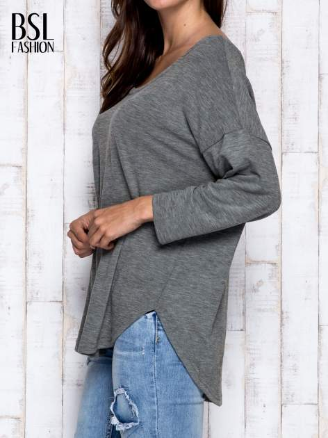 Khaki melanżowa bluzka z dekoltem na plecach                                  zdj.                                  4