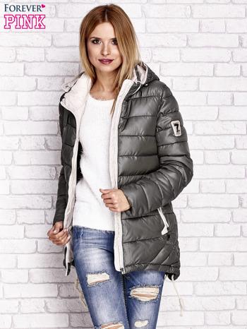 Khaki pikowana kurtka z kontrastowymi suwakami                                  zdj.                                  6