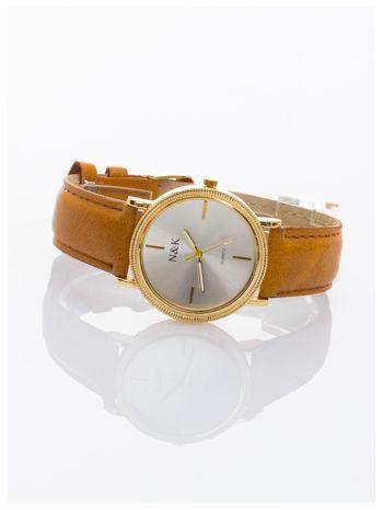 Klasyczny damski zegarek z elegancką i czytelną tarczą. Brązowy skórzany pasek. Ozdobna koperta                                  zdj.                                  1