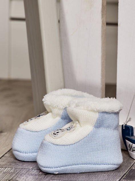 Komplet ocieplanych bucików dziecięcych ecru-jasnoniebieski                              zdj.                              9