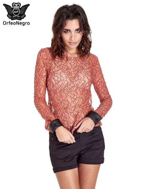 Koralowa bluzka koszulowa z koronki ze skórzanymi mankietami                                  zdj.                                  1