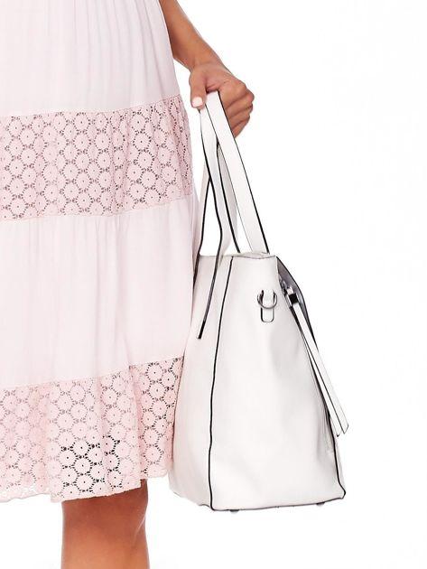 Kremowa torba shopper z ażurowaniem i odpinanym paskiem                              zdj.                              3