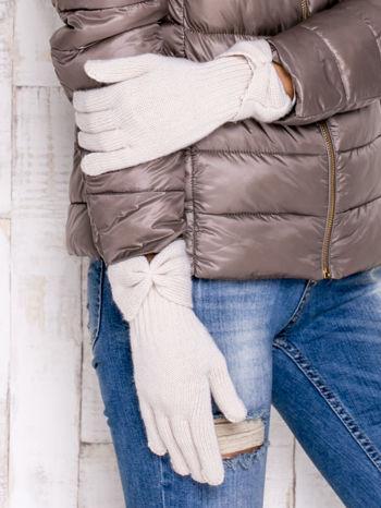 Kremowe rękawiczki z kokardą w stylu retro                                  zdj.                                  3