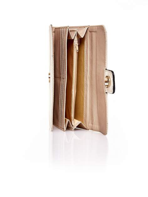 Kremowy portfel z zapięciem na magnes                                  zdj.                                  5