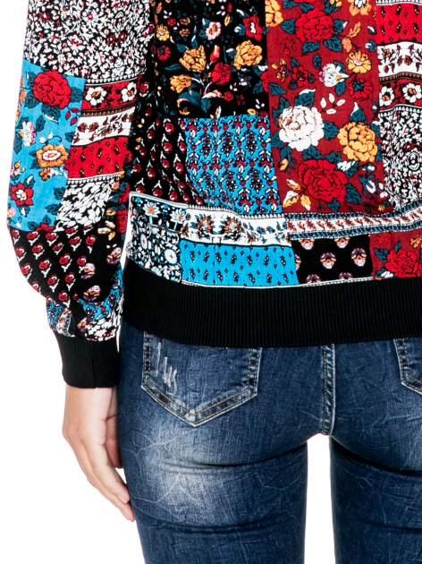 Kurtka bomber jacket w patchworkowe wzory                                  zdj.                                  7