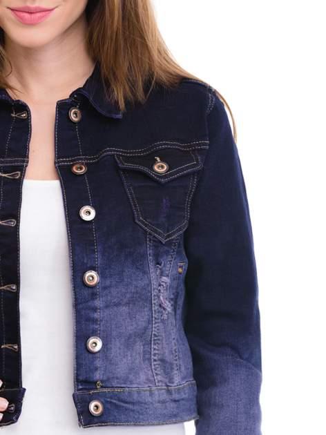 Kurtka jeansowa damska z efektem ombre w kolorze granatowym                                  zdj.                                  5