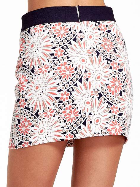 Kwiatowa spódnica mini z gumą w pasie                                  zdj.                                  7
