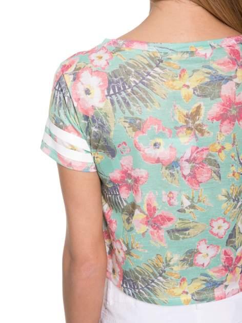 Kwiatowy t-shirt typu crop top z numerkiem                                  zdj.                                  8