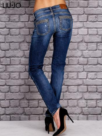 LIU JO Niebieskie spodnie jeansowe z błyszczącymi aplikacjami                                  zdj.                                  3