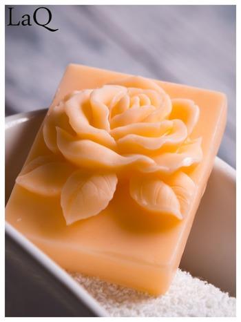 LaQ Mydełko Róża w prostokącie - pomarańczowy / Zapach - brzoskwinia BEZ SLS i SLES                                  zdj.                                  4