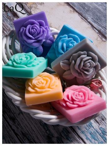 LaQ Mydełko Róża w prostokącie - szary / Zapach - wata cukrowa BEZ SLS i SLES                                  zdj.                                  3