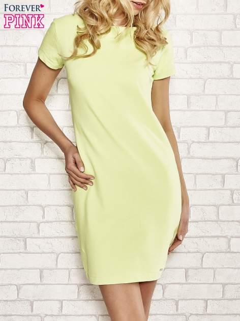 Limonkowa sukienka dresowa o prostym kroju                                  zdj.                                  1