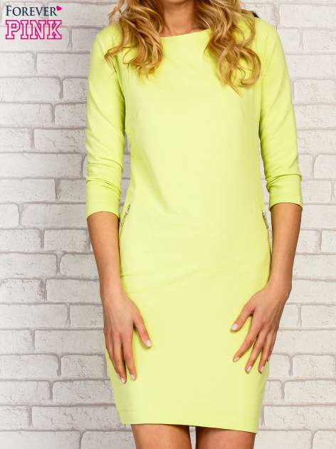 Limonkowa sukienka z kieszeniami na suwak                                  zdj.                                  3