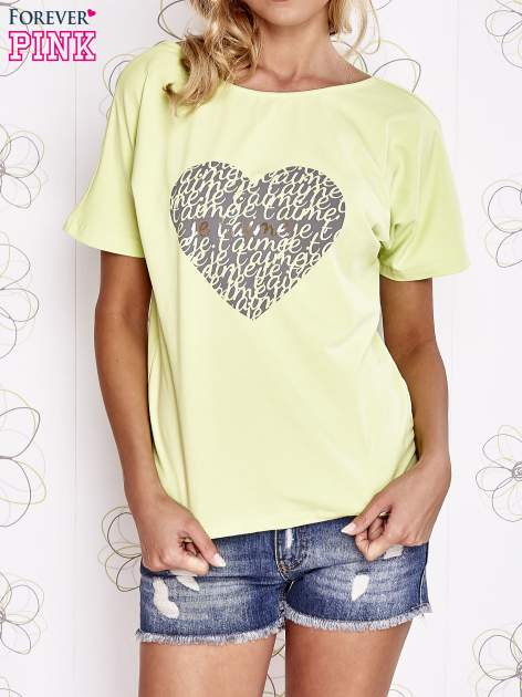 Limonkowy t-shirt z napisem JE T'AIME i dekoltem na plecach                                  zdj.                                  1