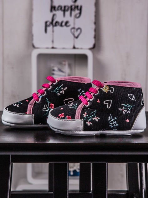 Buciki dziecięce trampki w kwiaty czarno-różowe                              zdj.                              2