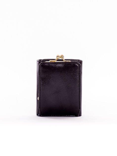 Mały czarny portfel damski z kieszonką na bigiel                              zdj.                              2