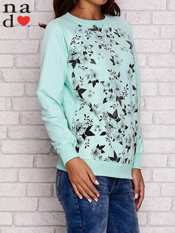 Miętowa bluza z kwiatowym nadrukiem                                  zdj.                                  3