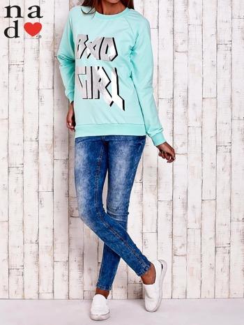 Miętowa bluza z napisem BAD GIRL                                  zdj.                                  2