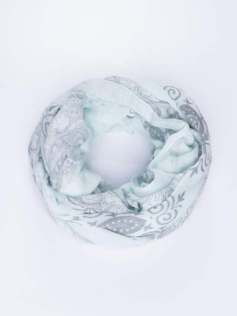 Miętowa chusta z dekoracyjnym ornamentem                                  zdj.                                  2