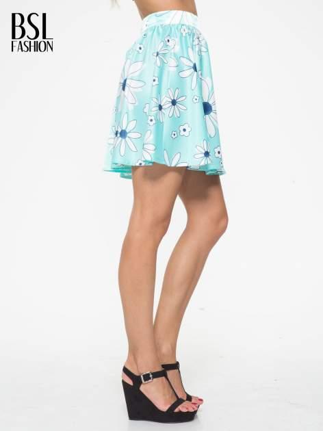 Miętowa rozkloszowana spódnica skater w kwiaty                                  zdj.                                  3