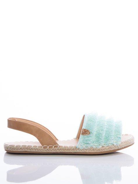 Miętowe sandały z ozdobnym frędzelkowym przodem                              zdj.                              1