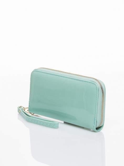 Miętowy lakierowany portfel z rączką                                  zdj.                                  2