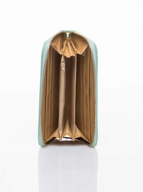Miętowy lakierowany portfel z rączką                                  zdj.                                  3