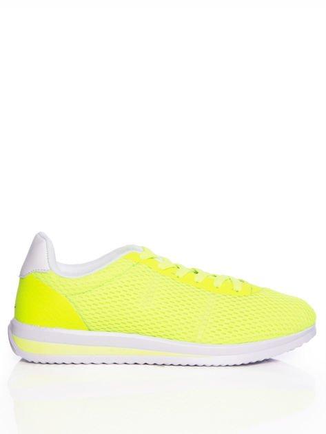 Neozielone ażurowe buty sportowe na sprężystej podeszwie