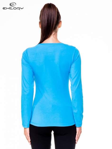 Niebieska bluzka sportowa z dekoltem U                                  zdj.                                  4