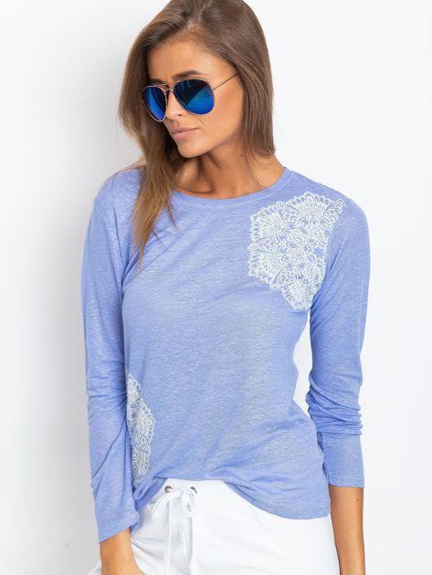 Niebieska bluzka z aplikacją                              zdj.                              4
