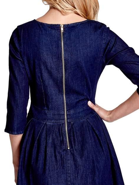 Niebieska denimowa sukienka                                  zdj.                                  7