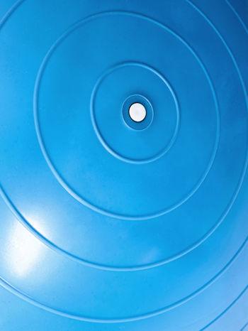 Niebieska duża piłka fitness                                  zdj.                                  4