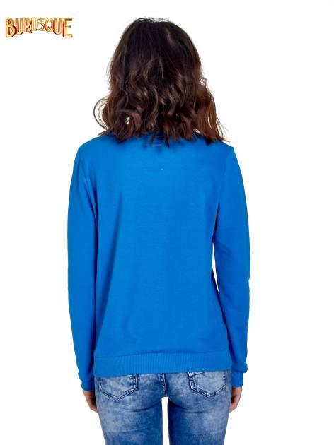 Niebieska klasyczna bluza damska z napisem IN LIFE SIMPLE IS BEST                                  zdj.                                  4