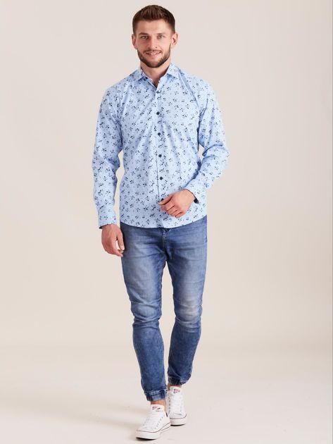 Niebieska koszula męska w roślinne wzory                              zdj.                              4