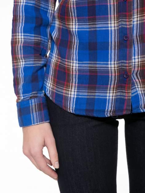 Niebieska koszula w kratę z gwiazdkami przy kieszonkach                                  zdj.                                  8