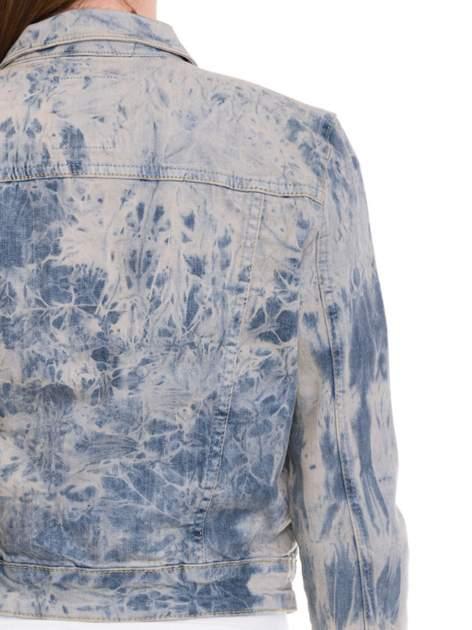 Niebieska kurtka jeansowa damska z efektem tie-dye                                  zdj.                                  7