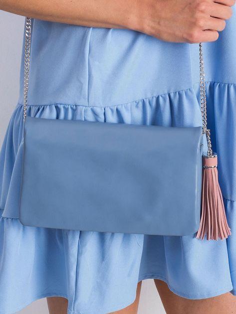 Niebieska miękka kopertówka z zawieszką                              zdj.                              3