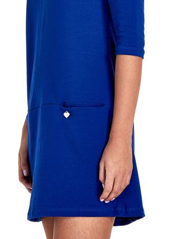 Niebieska prosta sukienka z kieszeniami                                   zdj.                                  6