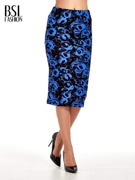 Niebieska spódnica ołówkowa w róże                                  zdj.                                  1